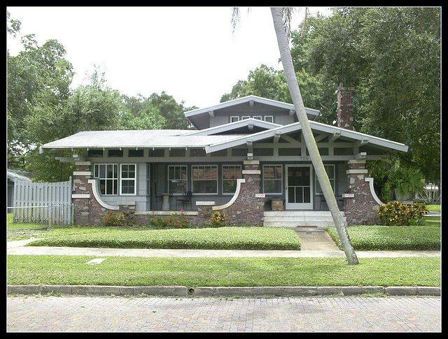 Airplane Bungalow Front View Craftsman Bungalow Exterior Craftsman Style Homes Bungalow Design