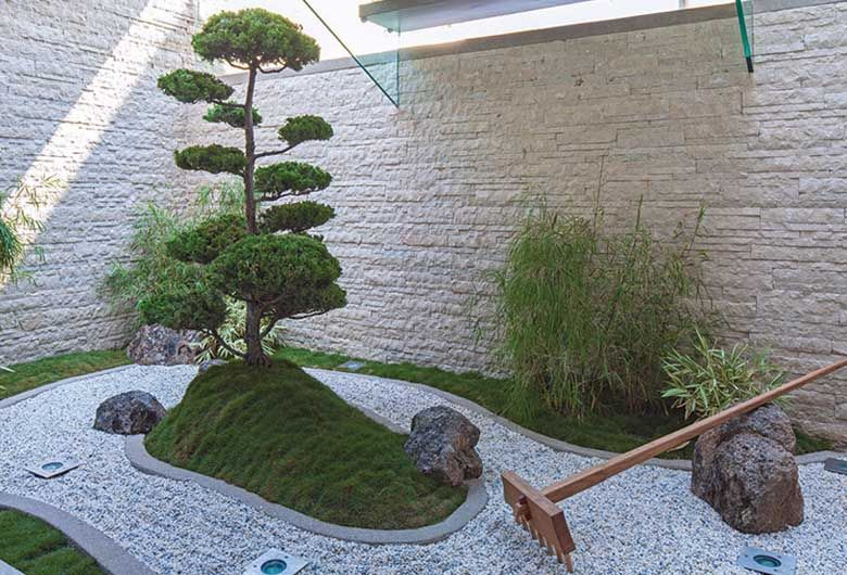 Fotos de decoracion de jardines peque os con for Decorar un jardin pequeno con piedras