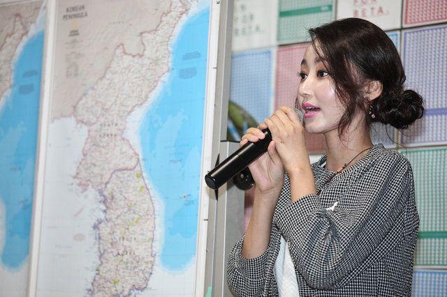 Sakura Model:Mundo Asiático: Yeonmi Park - História de vida