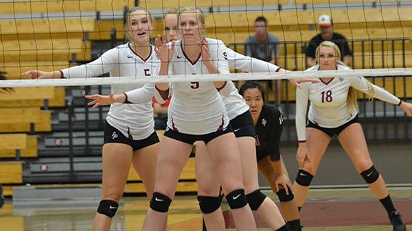 9 26 14 Cougars Roll Past Holy Names Volleyball Azusa Pacific Athletics Azusa Pacific Athlete Azusa Pacific University