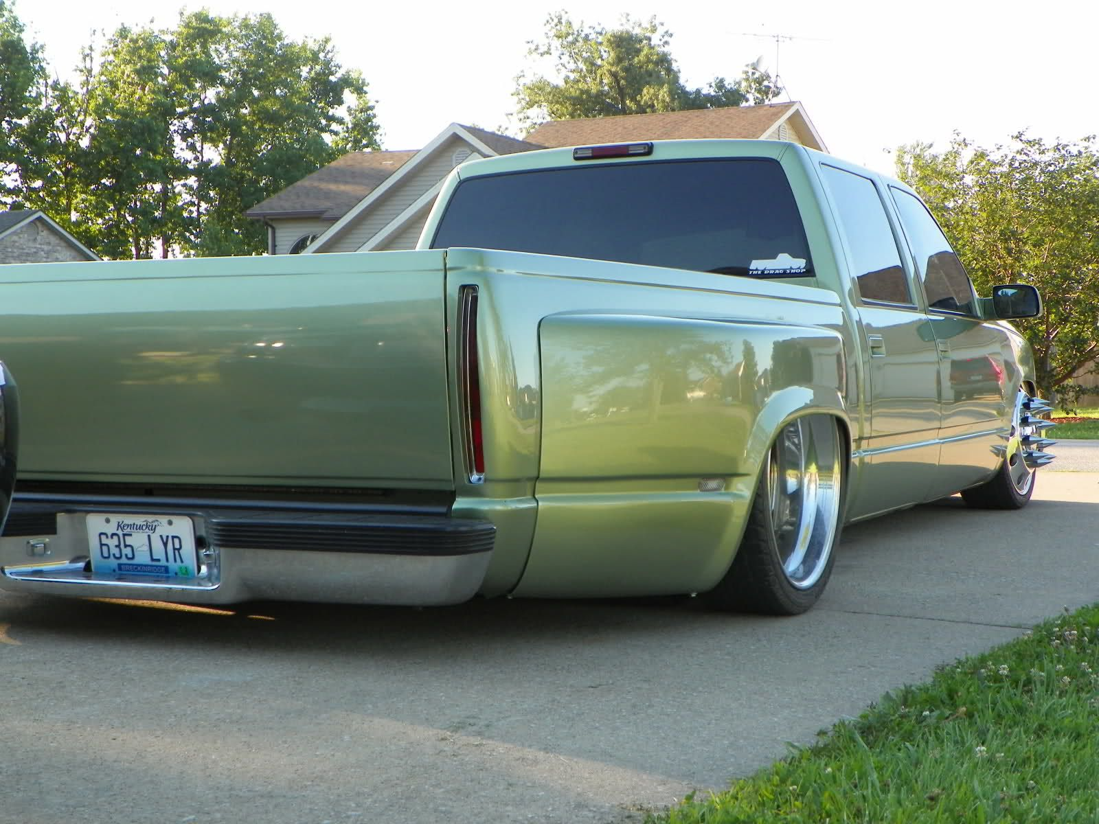1999 chevrolet 3500 bagged on 22 s