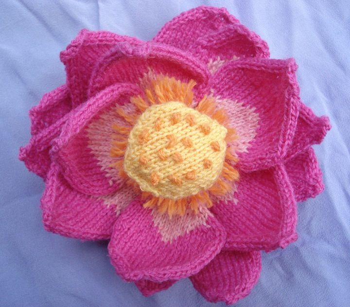 "Artist Ruth Marshall: my new lotus flower was shared by Vogue Knitting on FB, wow, the response was spectacular!  See it and more at Brooklyn Botanical Garden, Oct 2013 ""Knit, Purl, Sow"""