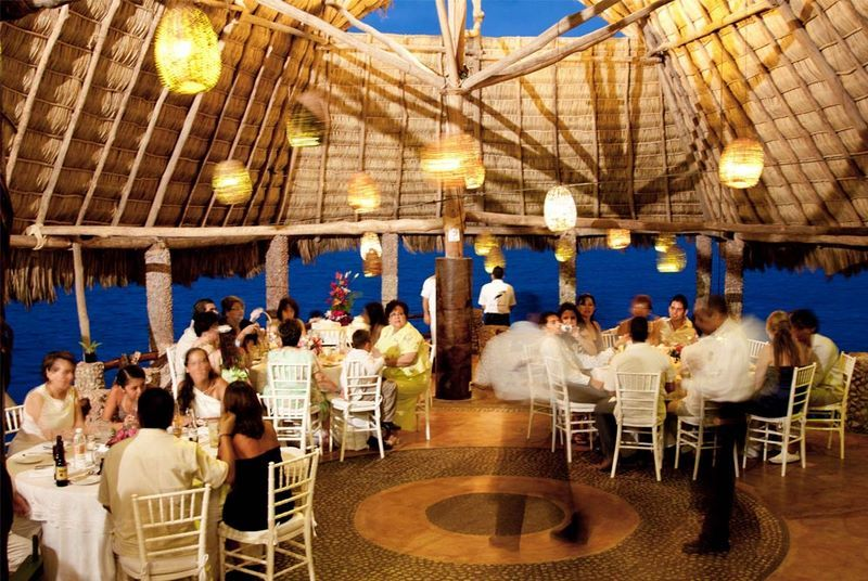 Puerto Vallarta Wedding Pictures Le Kliff Restaurant 003