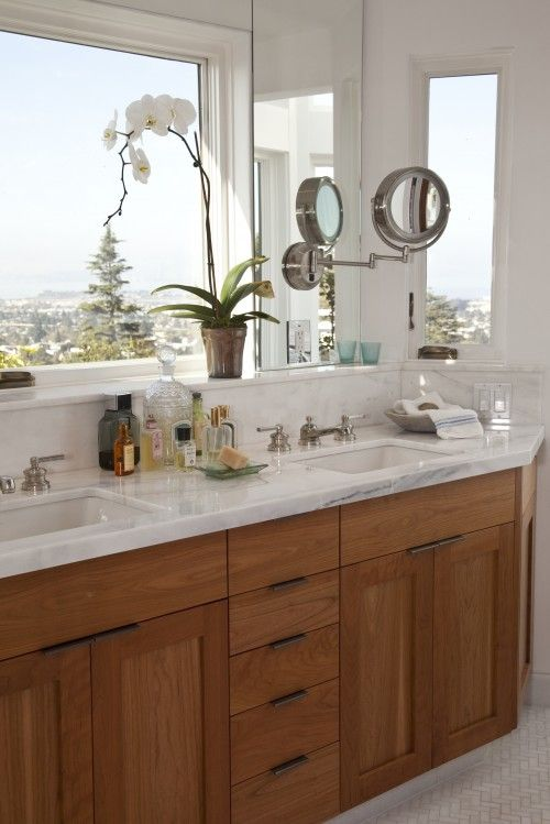 Must Have I Want A Large Mirror Above My Sink Too Inexpensive Bathroom Remodel Simple Bathroom Remodel Bathrooms Remodel