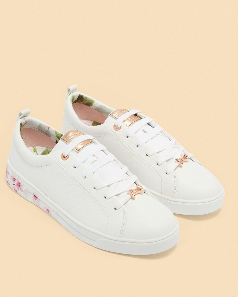 Printed sole leather tennis sneakers