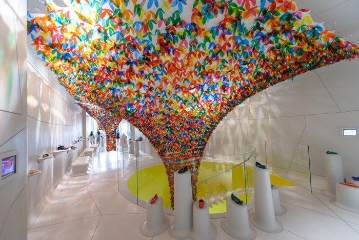 SoHo Retail Installation Resembles Canopy of Flowers & SoHo Retail Installation Resembles Canopy of Flowers | Soho ...