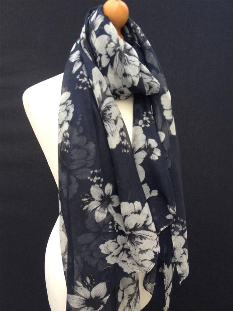 5681630745c Vintage navy blue cream large flower floral scarf womens sarong ...