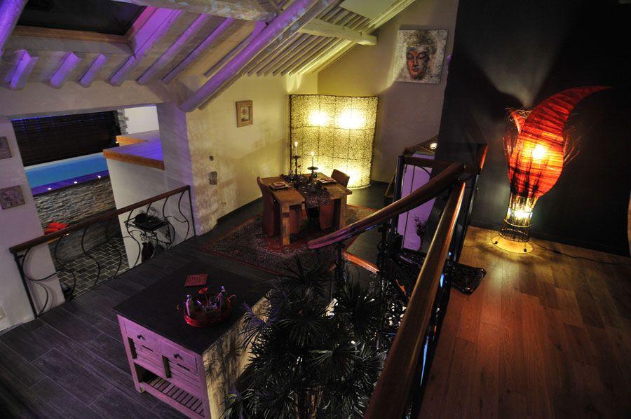 Chambre avec jacuzzi et piscine le Nirvana Bed \ Spa Pinterest