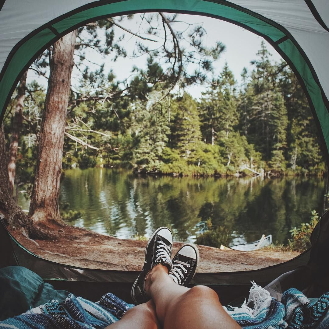 """1,449 curtidas, 36 comentários - ⠀⠀⠀⠀⠀⠀⠀⠀⠀⠀⠀⠀⠀⠀⠀⠀Alexandra (@alex.svd) no Instagram: """"The thing I love the most about camping is that when you wake up, the first thing you feel is calm…"""" #campingpictures"""