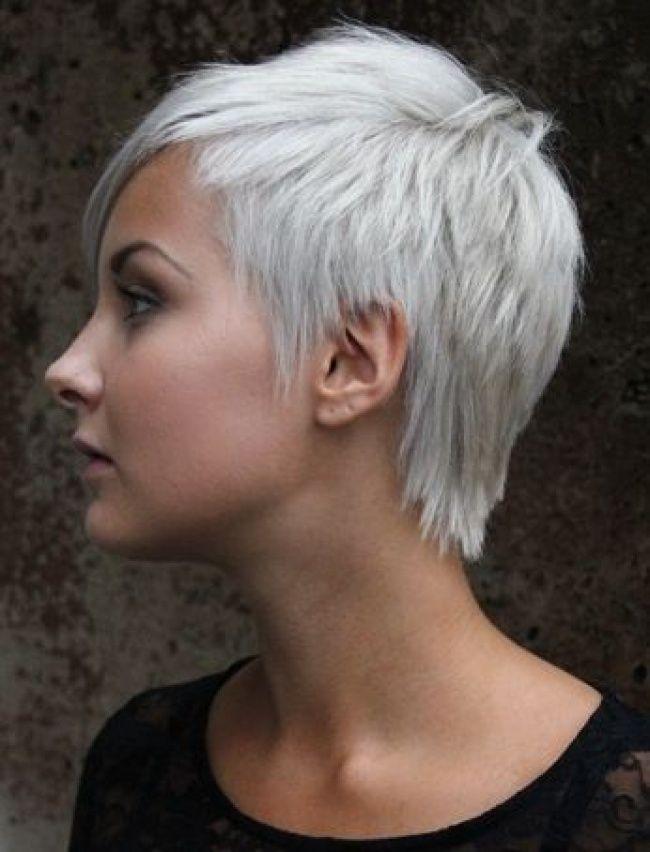Coupe tres courte sur cheveux gris
