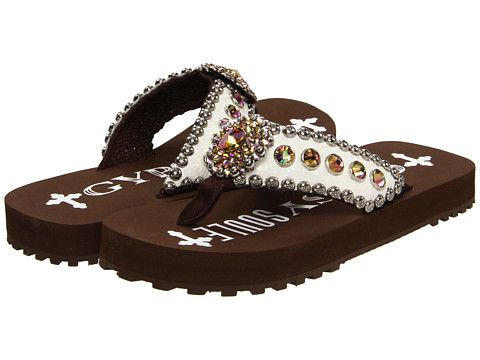 845ddf5923054 Find this Pin and more on Shoes by hubbardston20. Gypsy SOULE ...