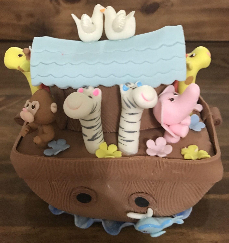 Un favorito personal de mi tienda Etsy https://www.etsy.com/es/listing/509181443/noahs-ark-cake-topper