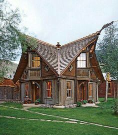 Looks Like A House In Windhelm Skyrim Viking House Fairytale House Cottage