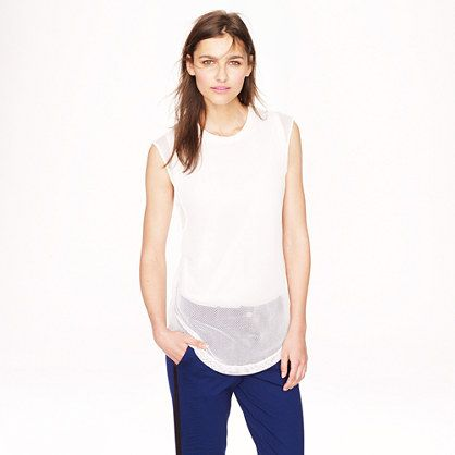 this is a length of top that I would wear a lot. Tho, don't like all white tops b/c they wash me out.