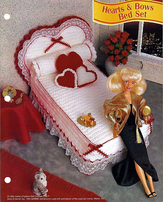 Hearts & Bows Bed Set Barbie Furniture Pattern Annies Fashion Doll Crochet Club FCC06-03 #barbiefurniture