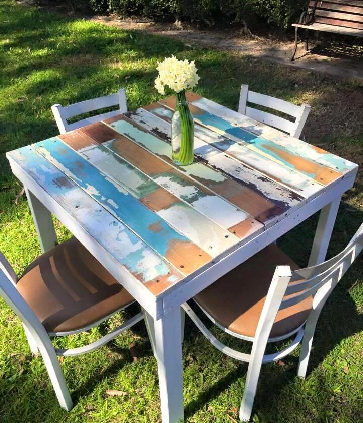 Unique Outdoor Tables: Rustic Pallet Dining Table For Both Garden And Indoor