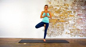 vrikshasana advanced right tree pose hands in namaste