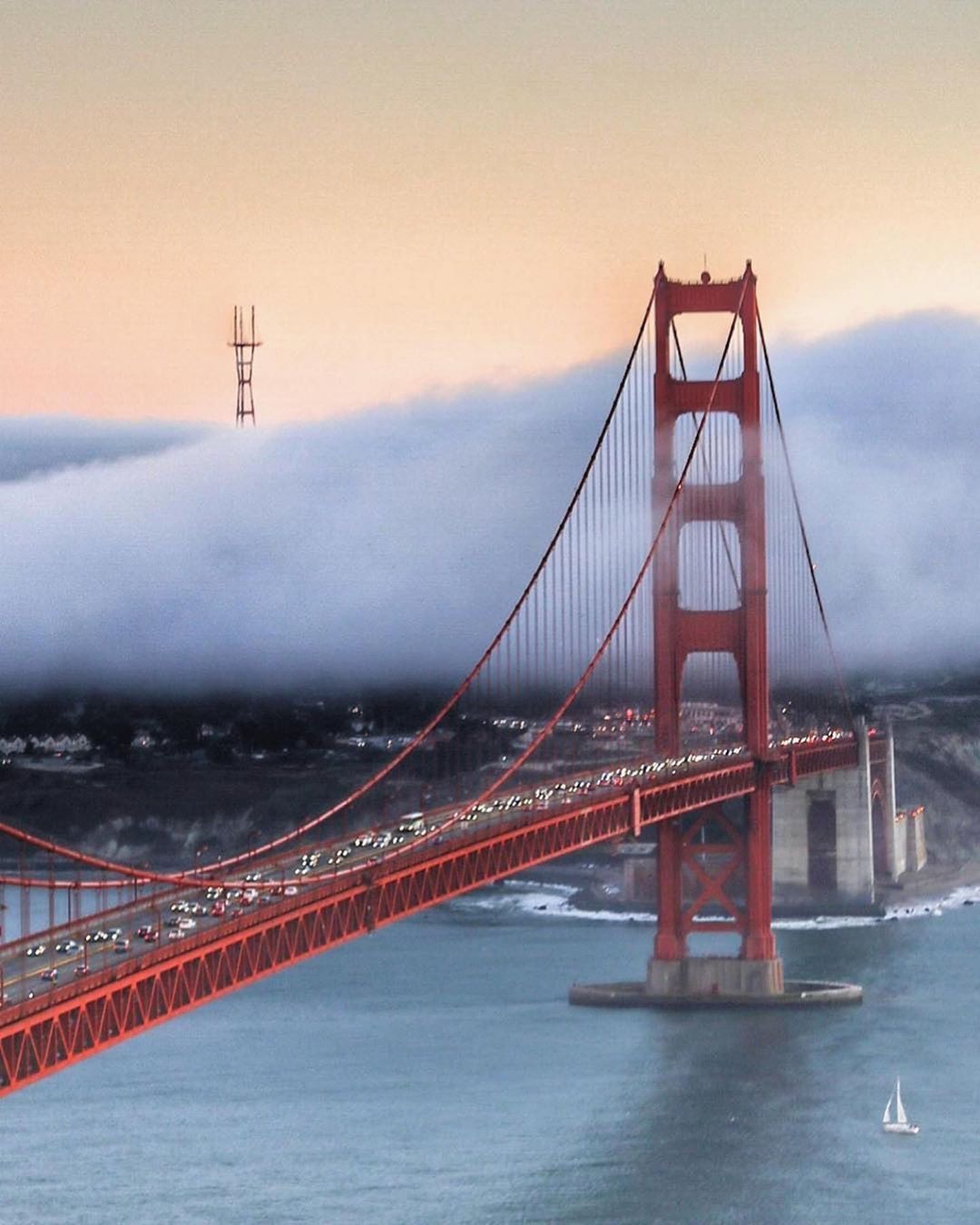 San Francisco Now Forever On Instagram Thick Fog Rolling On The Golden Gate Bridge San Francisco Golden Gate Bridge Golden Gate Bridge San Francisco Bridge