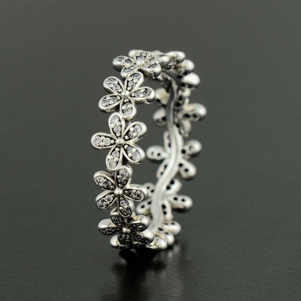 bb4db8732 Authentic Pandora Silver Dazzling Daisy Meadow Ring - Size 54 ...