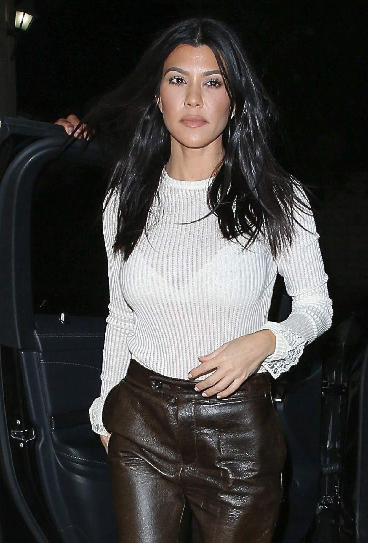 Kourtney Kardashian   Kourtney kardashian style  Pinterest