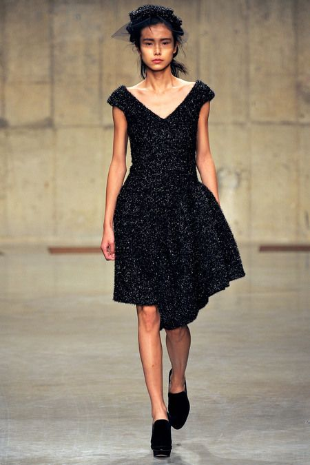 Simone Rocha Fall 2013 Ready-to-Wear Collection Slideshow on Style.com