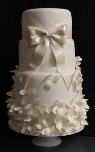 fabric-flower-dress-wedding-cake