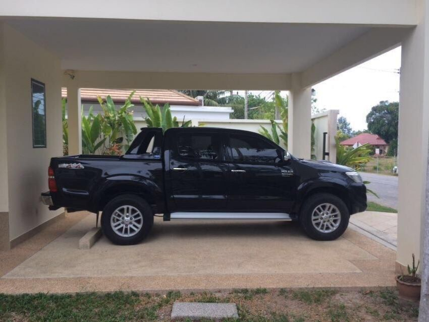 Thailand S Premium Used New Classifieds Site Toyota Hilux