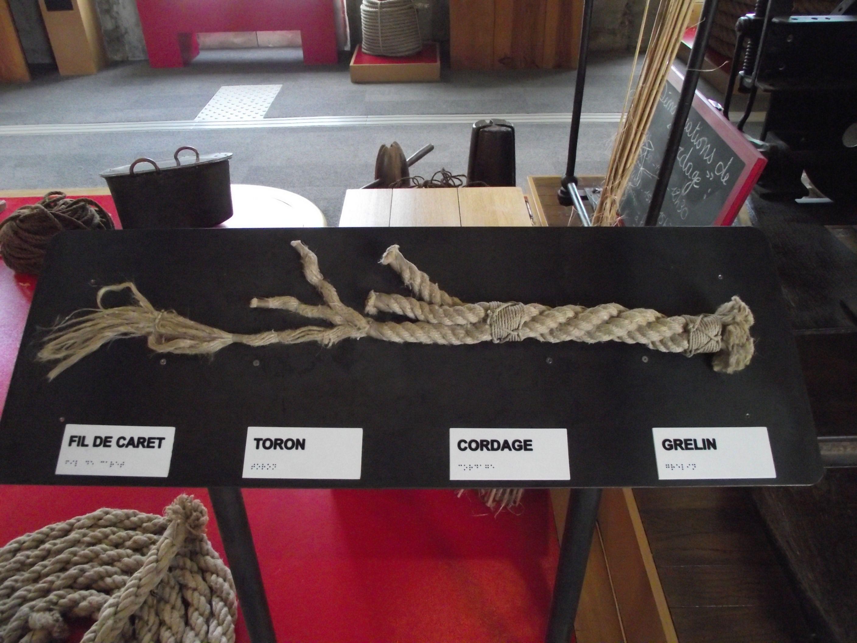 Les différentes étapes de la fabrication d'un cordage.