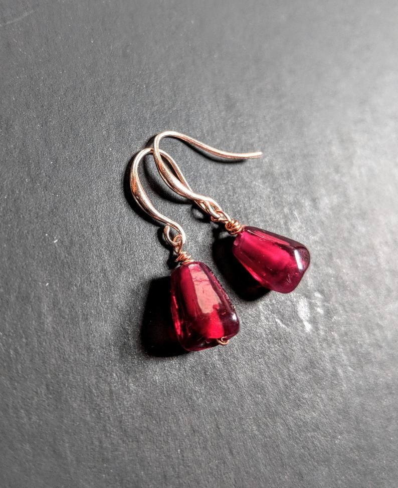 Rosegold with black seeds wrapped earrings