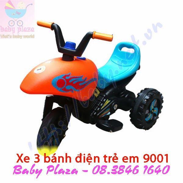 http://xemotodienchobe.taihcm.net/2013/12/xe-moto-dien-cho-be-9001.html Thông tin sản phẩm xe moto điện cho bé 9001 - Kích thước: 80 X 52 X 66 (cm) - Acquy: 6V/ 4Ah - Tốc độ vận hành: 2.5 km/h. - Tải trọng: ~40kg - Trọng lượng xe: 6.8kg - Có số tiến, số lùi - Độ tuổi sử dụng: 1 - 4 tuổi. - Thời gian sạc điện: 8-12h, sạc điện không được quá 20h.