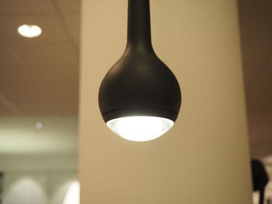 Elegant TOBIAS GRAU Falling schwarz matt LED Pendelleuchten