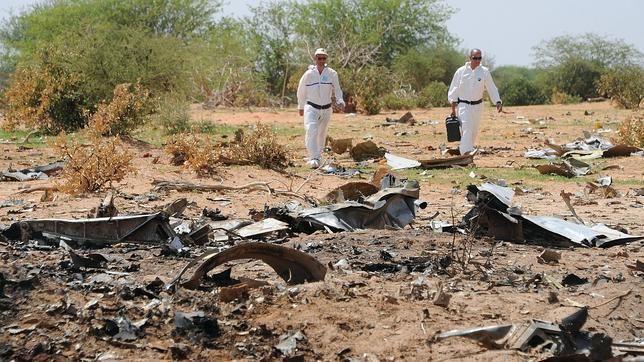 El Avión Que Se Estrelló En Mali, Africa Se Desplomó Tras Entrar En La Tormenta