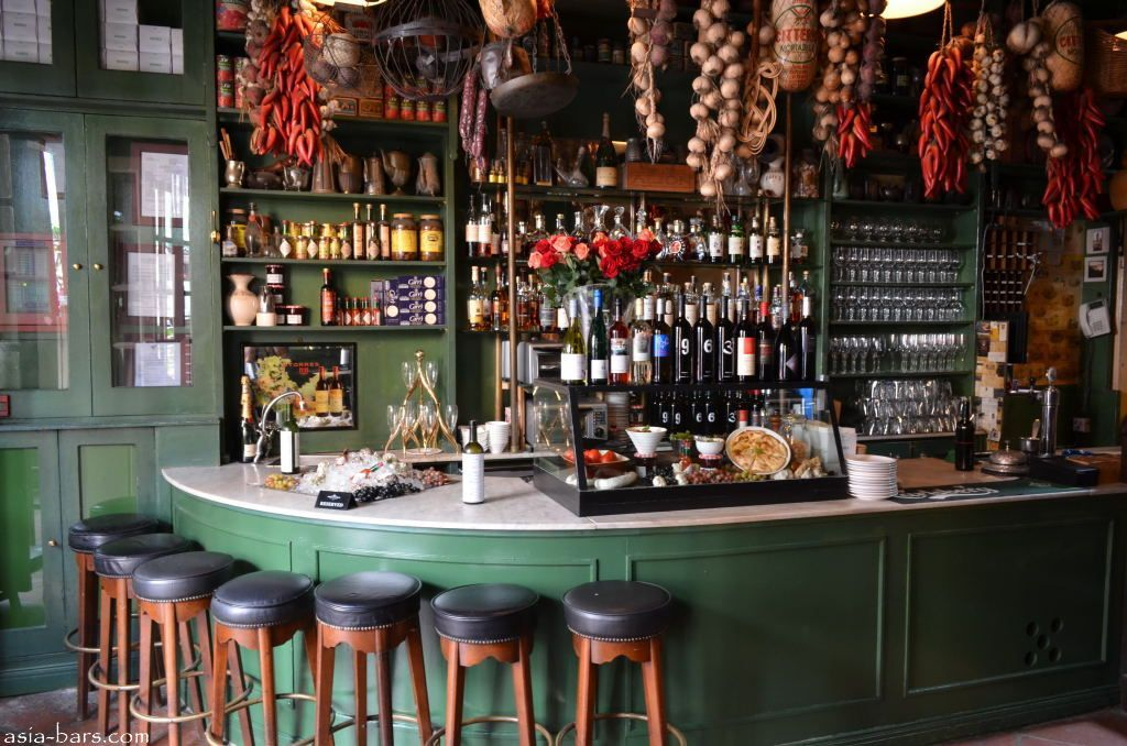 Top 10 Things to Do in Barcelona Tapas bar, Spanish tapas and Tapas - bar manager