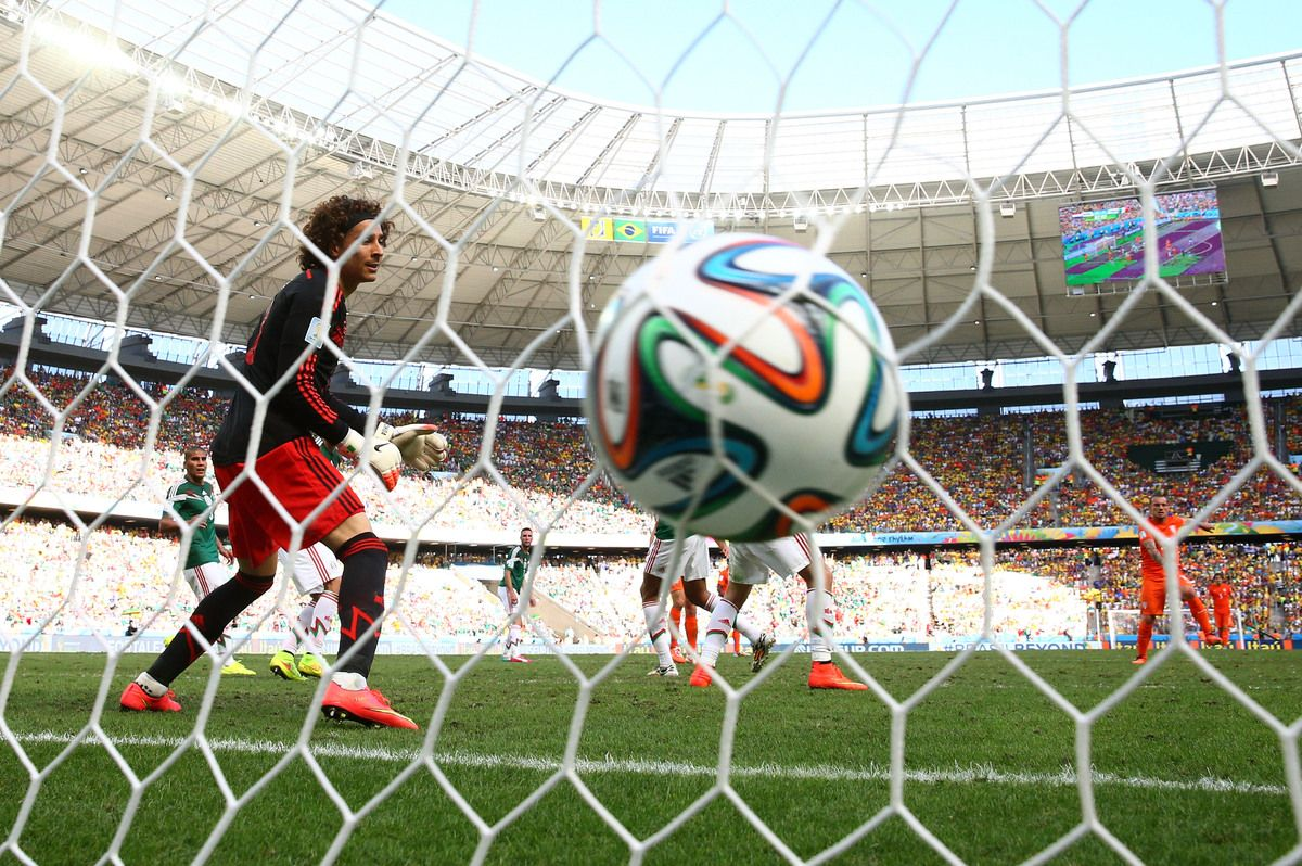 The Netherlands Stun Mexico With Late Goals Fifa World Football Mexico World Cup