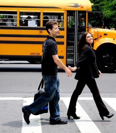 couples portrait inspiration school bus