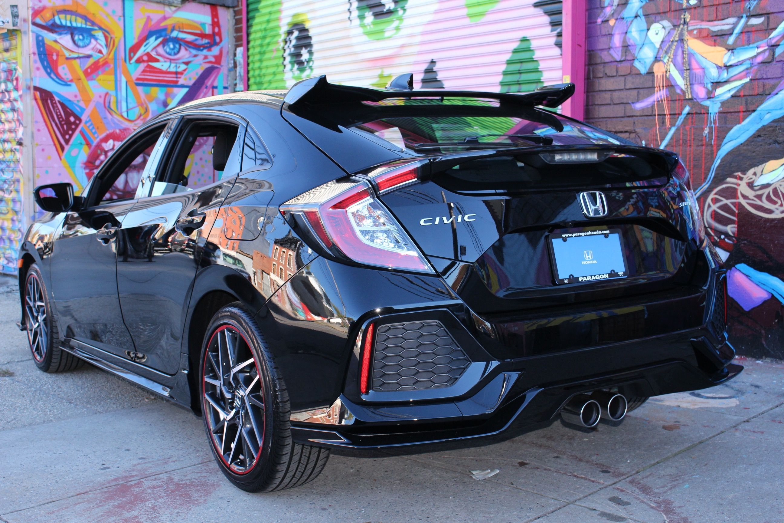 brand new custom 2017 honda civic hatchback at paragon honda 2017 honda civic hatchback. Black Bedroom Furniture Sets. Home Design Ideas