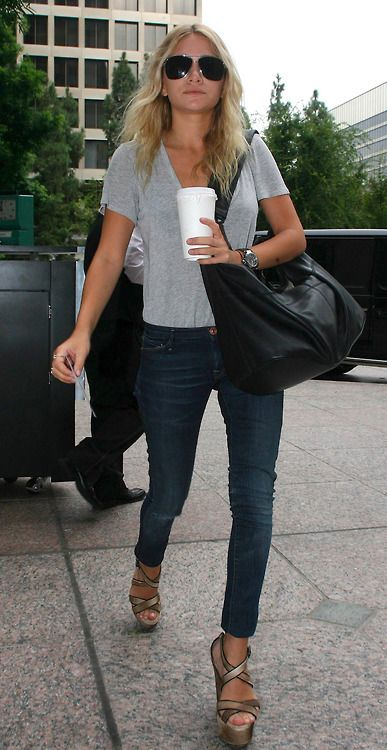 Olsen rocking the classic off duty look #streetstyle #fashion