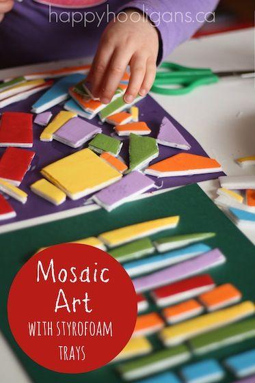 Mosaiikkitaidetta maalatuista Pressman levystä. Maalaa ensin Pressman solumuovilevyt esim. Glossy akryyliväreillä. Leikkaa kuivuneet levyt palasiksi. Valitse taustapahvi ja liimaile Erikeeperillä mosaiikin tapaan. #askartelu #kuvataide #mosaiikki #lastenkanssa