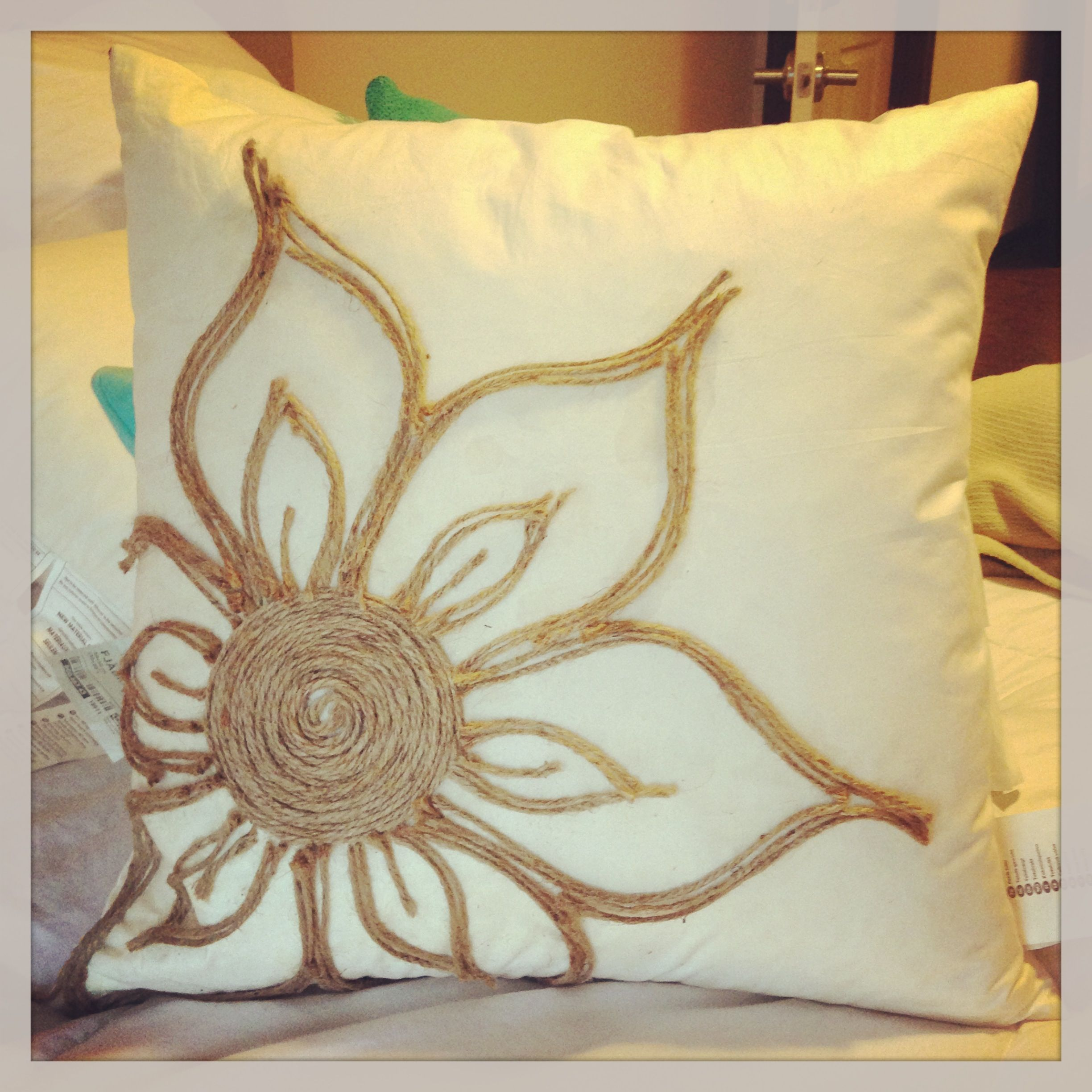 Diy pillow just need glue and hemp bedroom diy pinterest