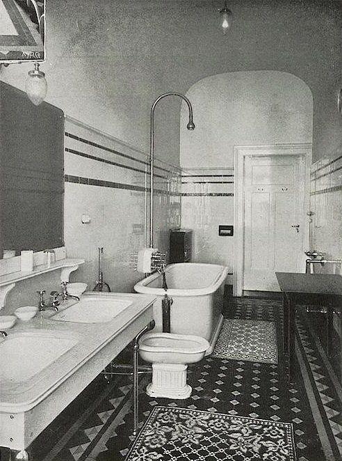 Bathroom in palace hotel wiesbaden 1905 bathrooms for 1920s hotel decor