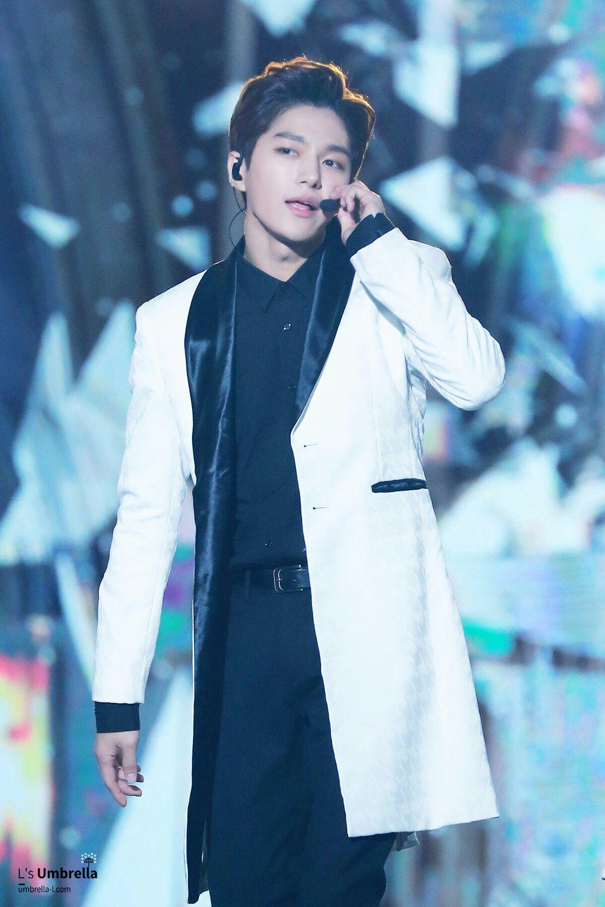 20161008 Dmc Festival 2016 Mbc Korean Music Wave Infinite L Myungsoo Myungsoo Korean Music Kim Myung Soo