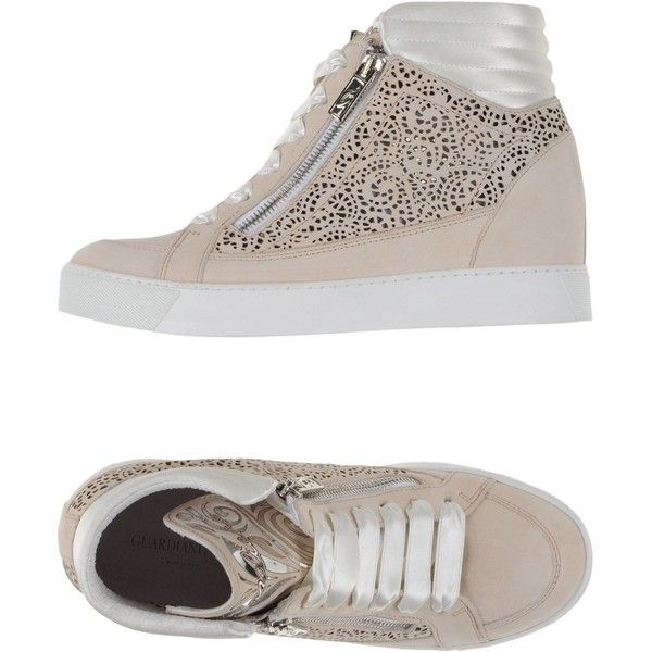 Chaussures - Tribunaux Onako gfbw8lMY