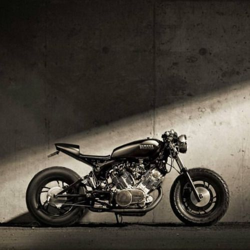caferacersofinstagram: Check out this Yamaha Virago XV750 by
