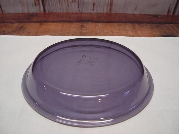 Pyrex Purple Amethyst Pie Plate 209 Purple Pyrex 9 Inch Pie Pan