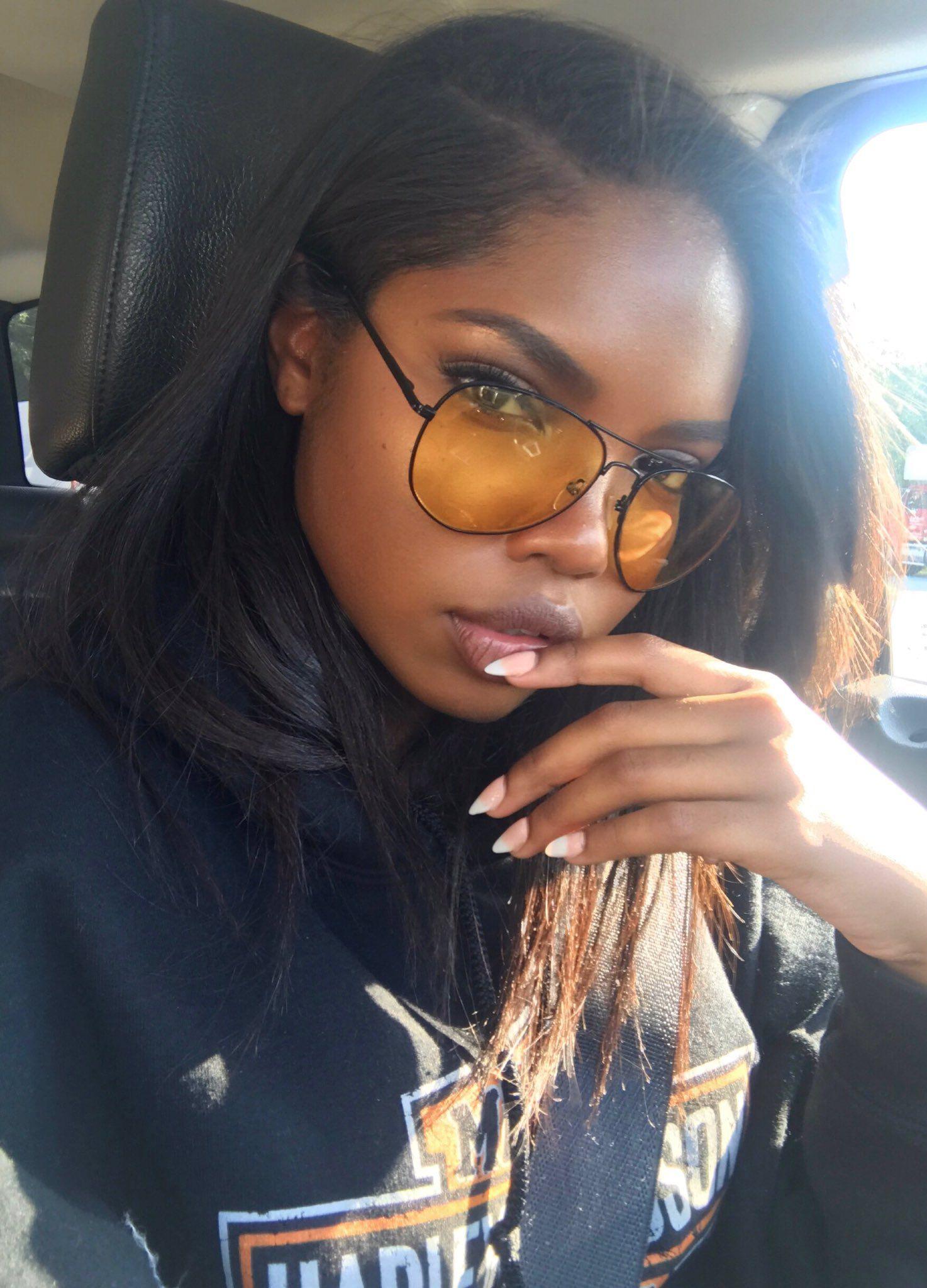 Snapchat Shabba Racks Twitter Chocolatectrl Black Women Hairstyles Beautiful Dark Skin Black Beauties