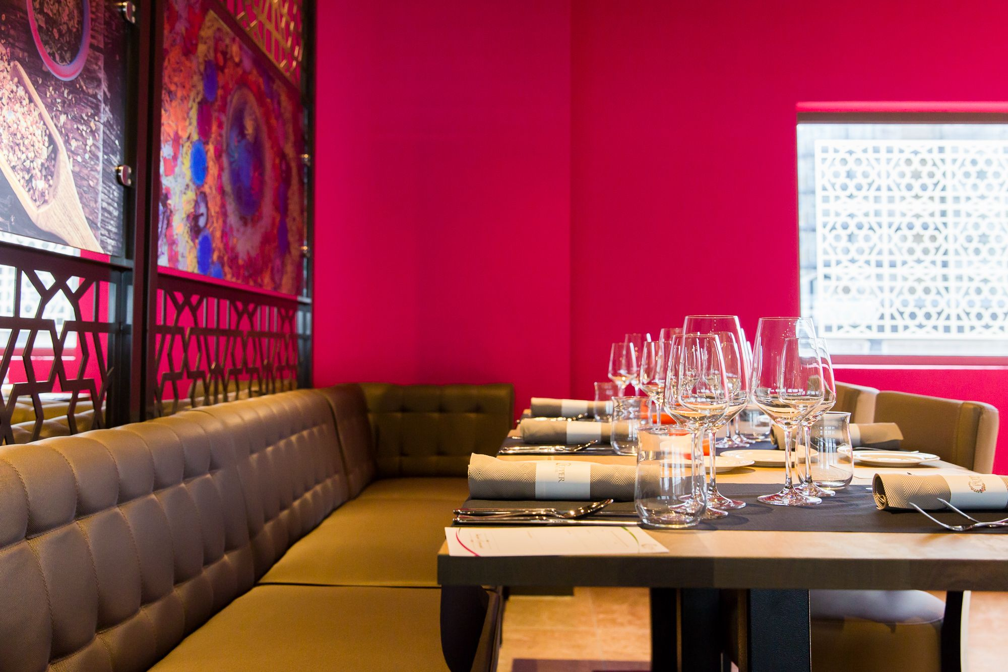 Interior The Pepper Trail Pink Colours Indian Restaurant Rotterdam Tpt