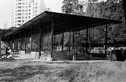 1952 -  Largo do Arouche -  construção do mercado das flores.