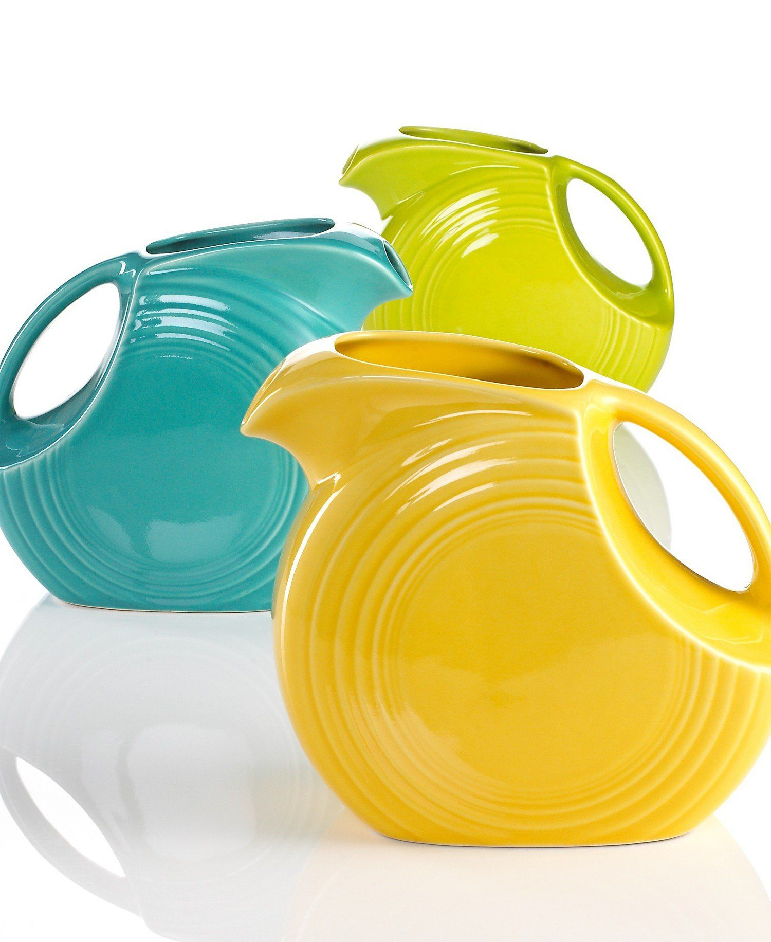 Amazon.com | Fiesta 67-1/4-Ounce Large Disk Pitcher, Shamrock: Fiesta Ware Pitchers: Carafes & Pitchers