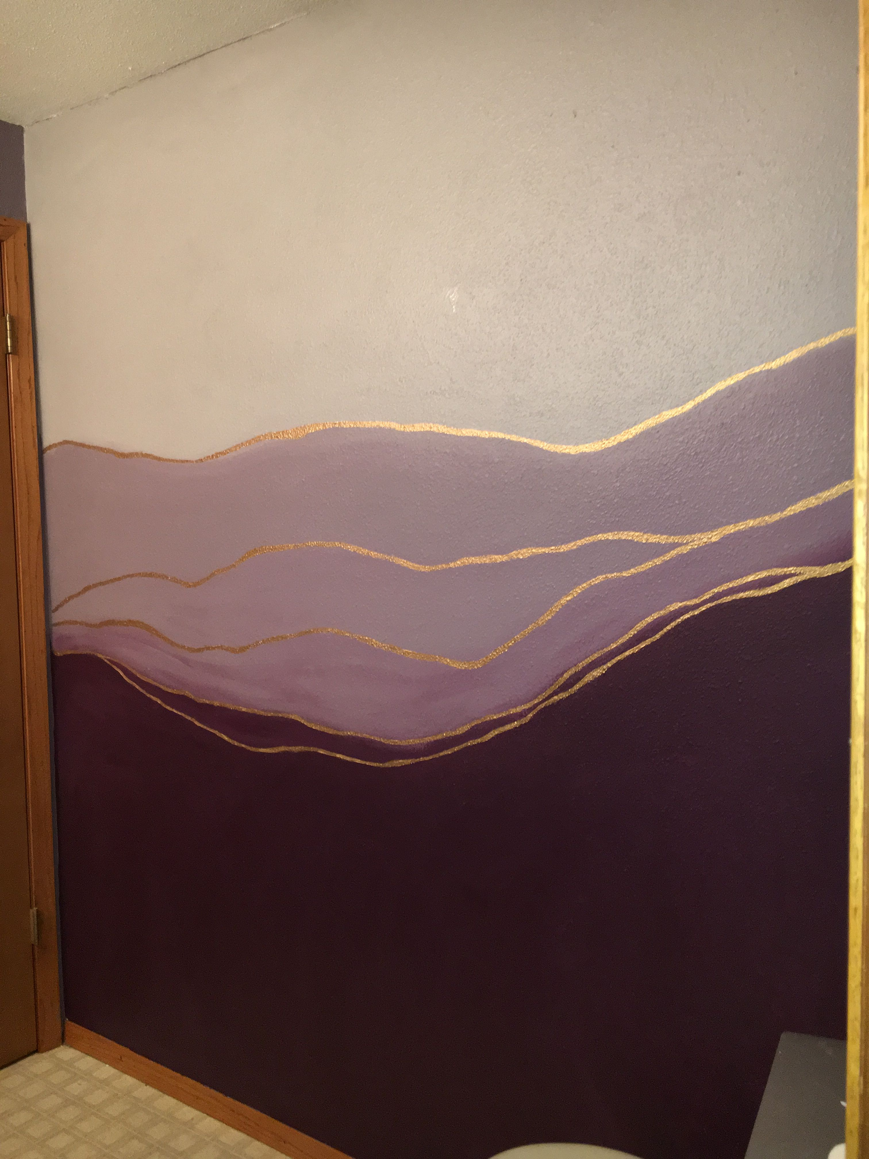 Want To Find Out How To Achieve This Diy Ombre Wall Come Into Kimps Ace Hardware Paint And Decorating Studio Ombr Ombre Wall Diy Ombre Wall Wall Murals Diy