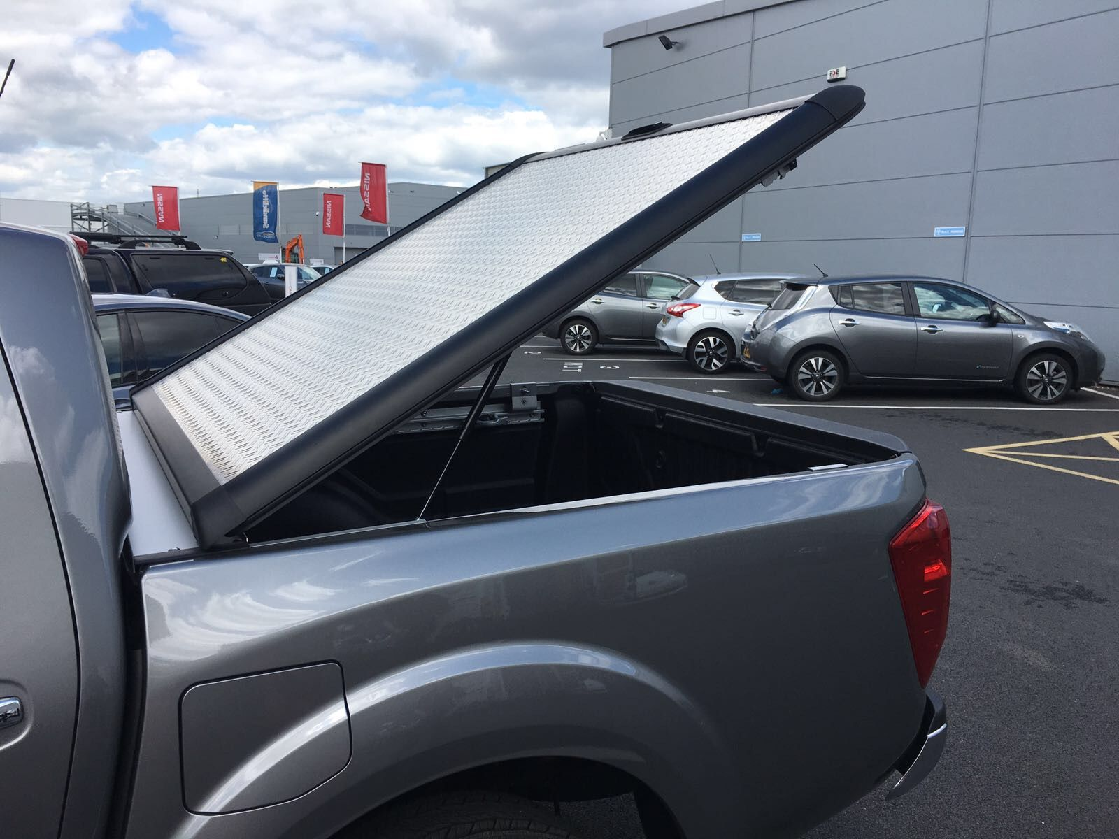 Mountain Top Chequer Plate Tonneau Cover fitted to a